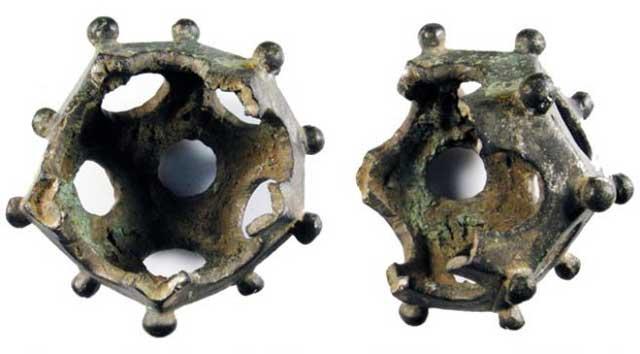 Dodekahedron Romawi