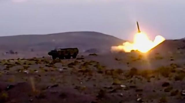 Rebeldes xiitas do Iêmen dispararam um míssil balístico em direção a Meca