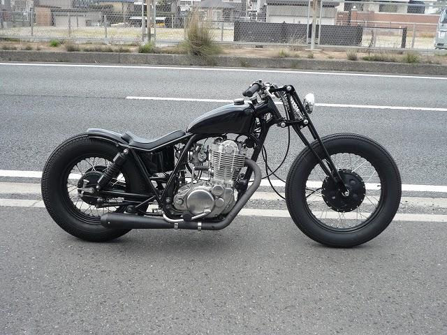 ϟ Hell Kustom ϟ: Yamaha SR400 By Gravel Crew