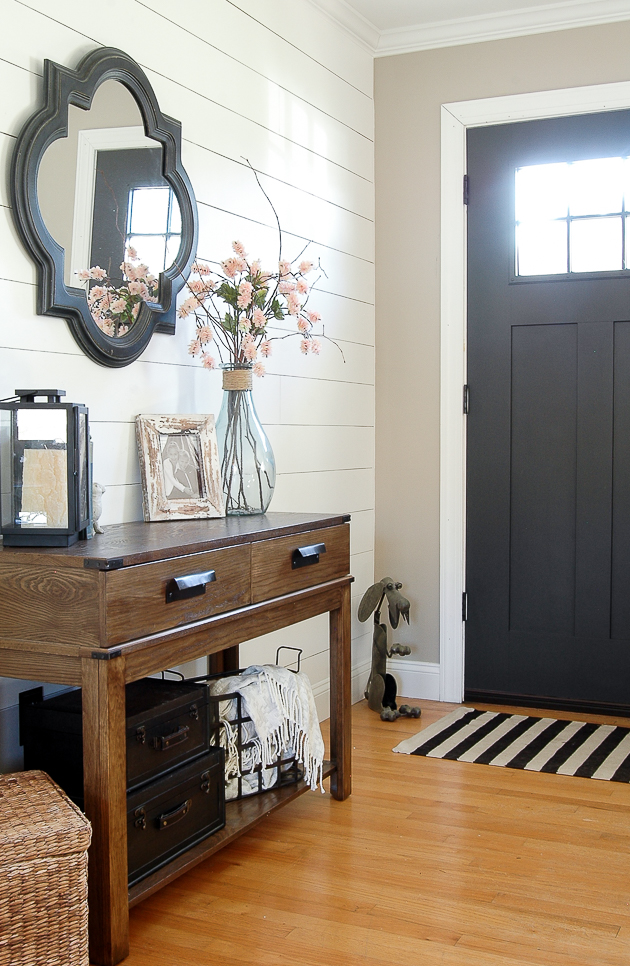 Modern farmhouse entryway painted in Sherwin-Williams Iron Ore and Balanced Beige