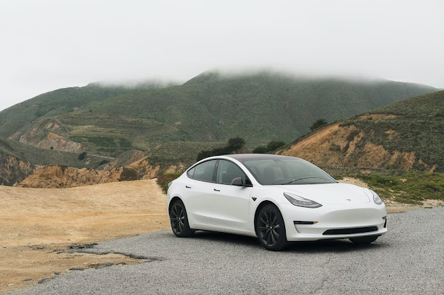 Tesla:Photo by Charlie Deets on Unsplash