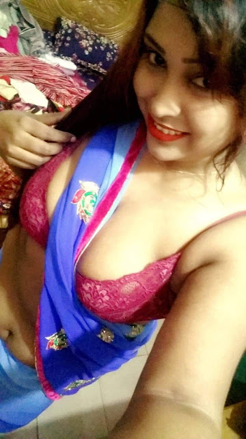 Big Boobs Cute Sexy Bangladeshi Housewife Nudes