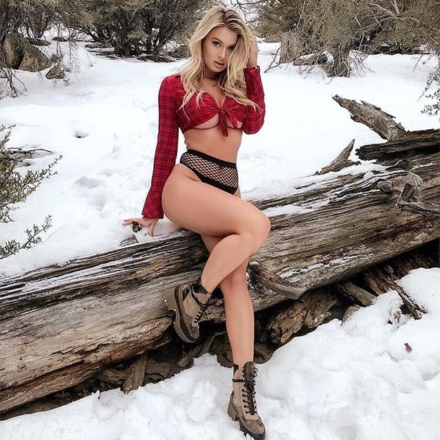 Natalia Starr Hot & Sexy Pics