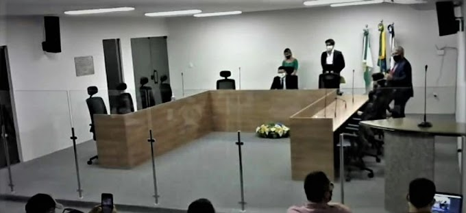 Presidente da câmara de Guamaré adia sessão em decorrência do falecimento de Arábia Nascimento