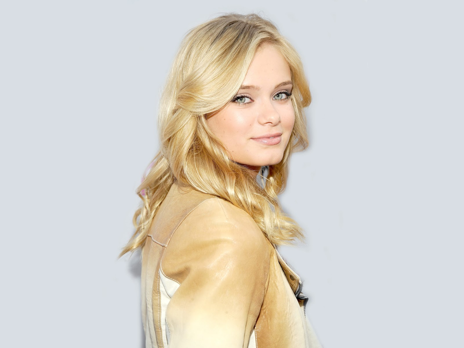 Cute Fruit Wallpaper For Android Sara Paxton Wallpapers Hd Wallpapers Wallpaper Free 3979