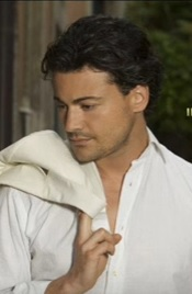 Vittorio Grigolo in a picture for his album The Italian Tenor