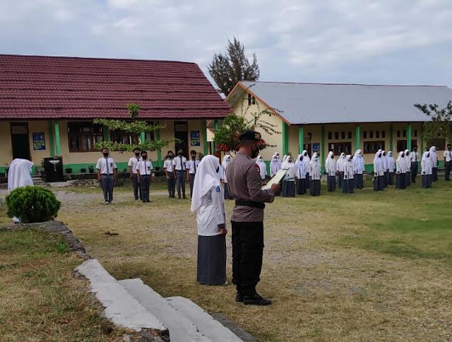 Brimob Kompi 3 Batlyon B Kunjungi Sekolah Sosialisasi Protokol Kesehatan