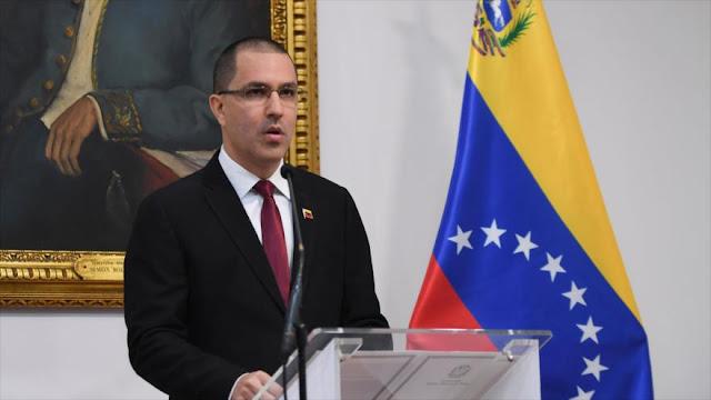 Venezuela llama 'charlatán soberbio' a Trump y censura sus amenazas