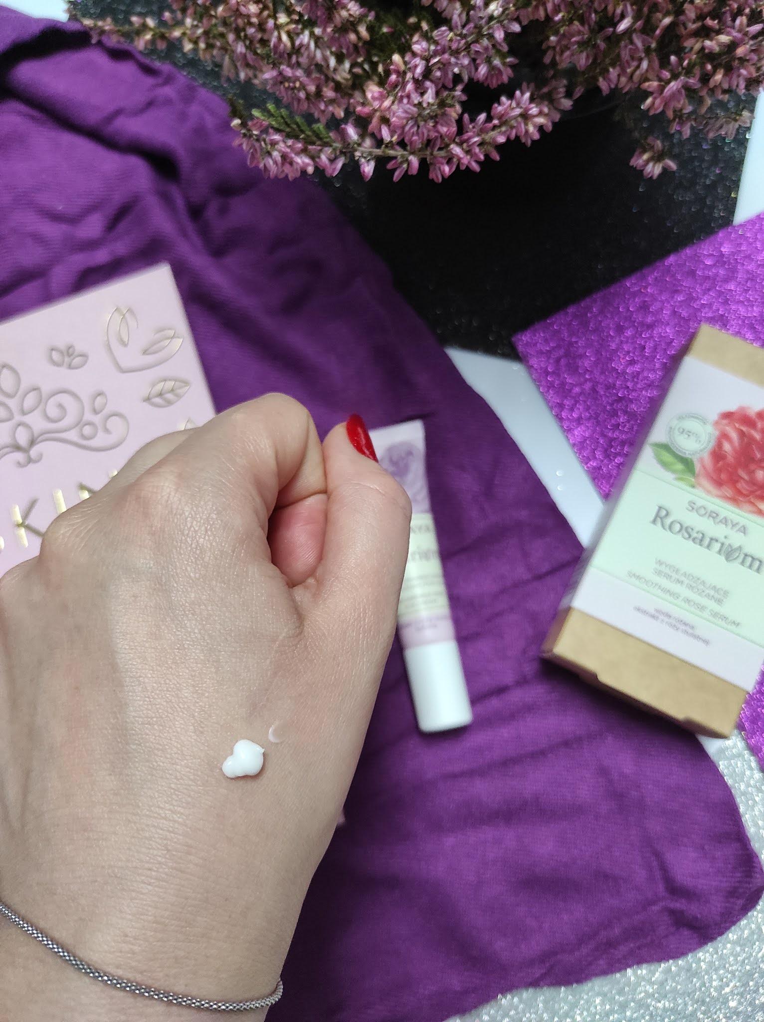 Przeciwzmarszczkowy różany krem pod oczy Soraya Rosarium