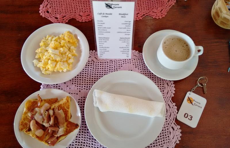 Café da manhã na Pousada Carcará Jericoacoara