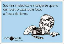 Meme de humor sobre intelectuales