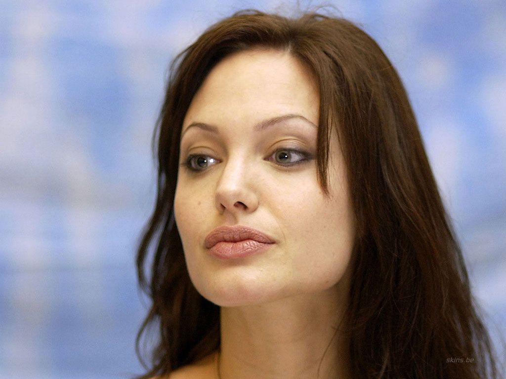 Angelina Jolie Latest Nude Photos