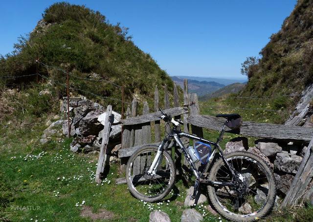 Portilla en El Sellón - Caso - Asturias