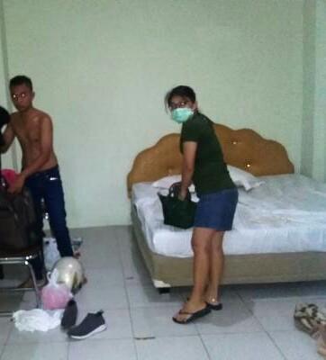 Salah satu pasangan yang terjaring razia di kamar hotel di Siantar.