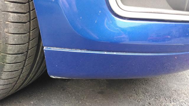 【生活分享】五股金讚汽車 Golden Top - 不愉快的烤漆經驗 (前傳) - 被通知取車,遠遠看第一印象是不錯的 - 接下來從車頭來看細節,我差點以為這是刮傷