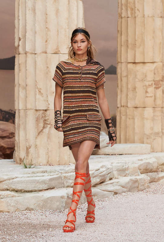 Chanel Cruise 2018 - Short dress - Gladiator sandals