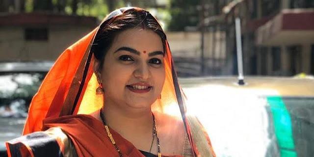 BC Aunty aka Snehil Dixit Mehra Wiki