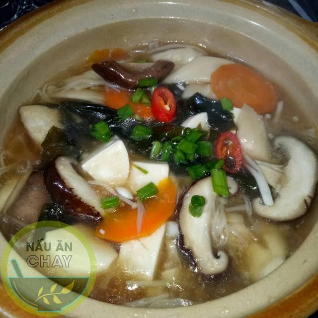 Cơm Cháy Sốt Nấm Rong Biển (Món Chay)