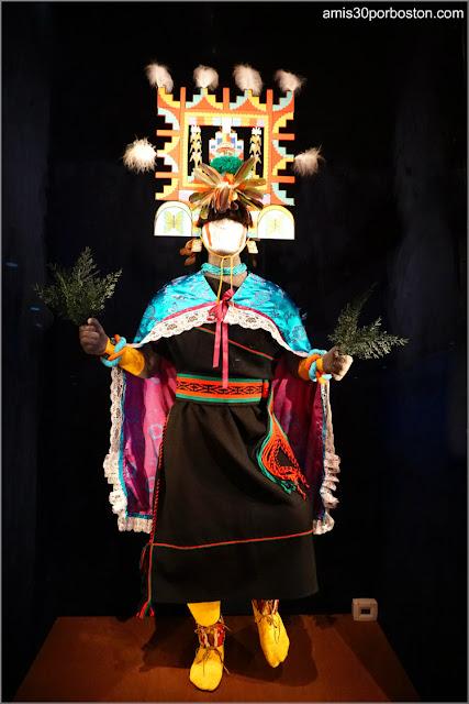Hopi Butterfly Dance en la exposición Circle of Dance