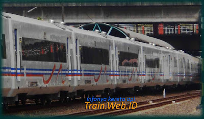 Tiket Kereta Api Tambahan Lebaran 2016