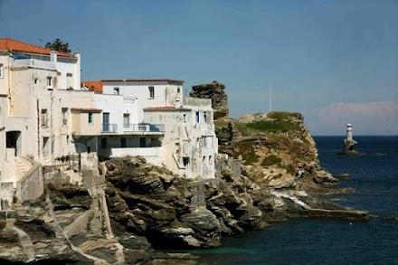 Der Spiegel : Νησιά-έκπληξη στην οκτάδα των κορυφαίων ελληνικών προορισμών