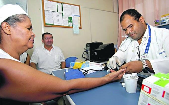 Médicos cubanos divulgam carta e pedem retorno dos profissionais ao programa Mais Médicos