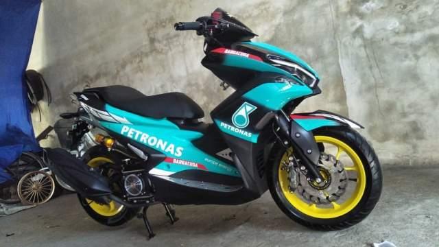 Yamaha AEROX 155 Famous Rider Bali 3835info