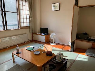 丸駒温泉旅館 山側客室