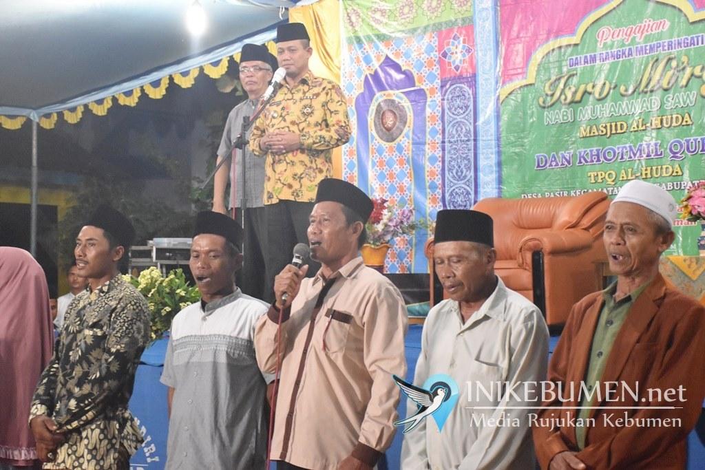 Hadir di Isra Miraj Desa Pasir, Wabup Minta Tak Hanya Sekedar Seremonial