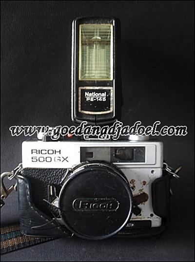 kamera ricoh antik