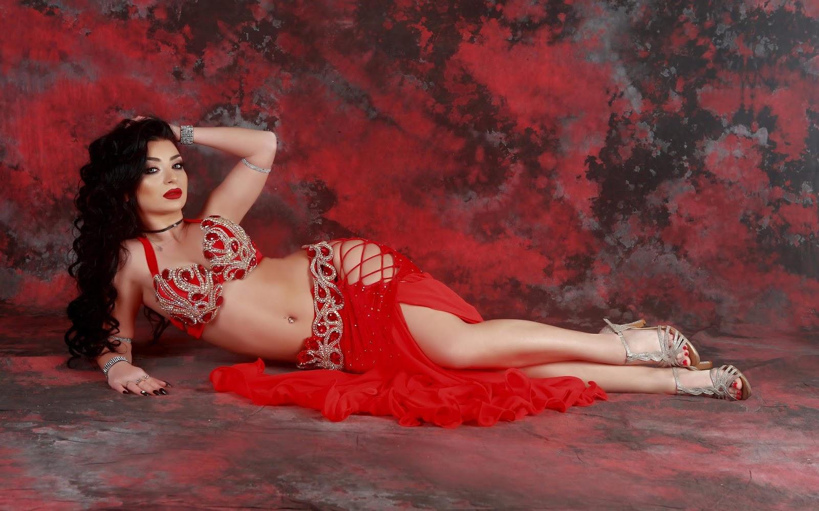 YASMINE BELLY DANCER
