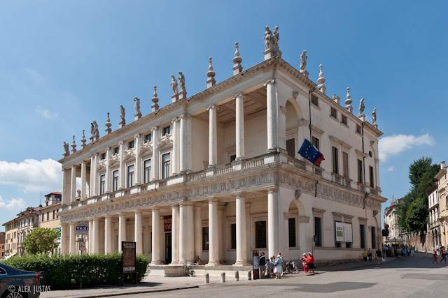 Palazzo-Chiericati-Vicenza