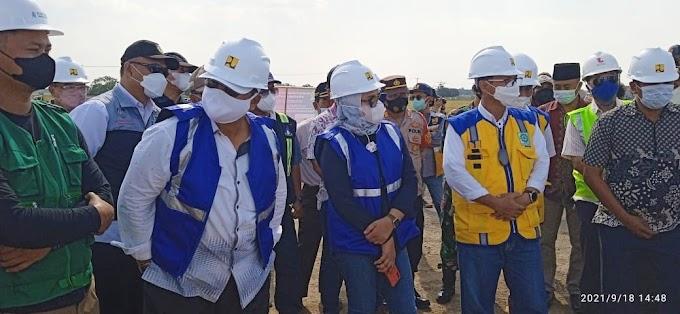Kunjungan Kerja Bupati Indramayu Dan Dedi Wahidi Anggota DPR RI Komisi V di Embung Wanakaya