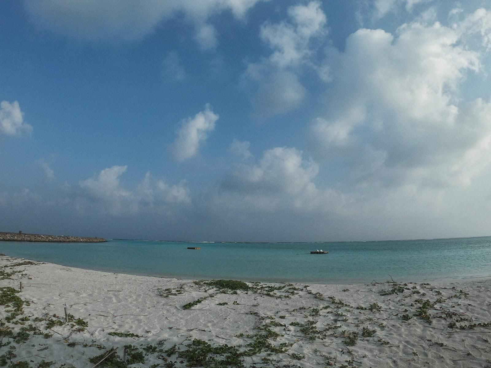 Thulusdhoo public beach