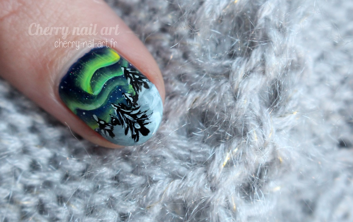 nail-art-nouvel-an-aurore-boreale-one-stroke-noel-hiver