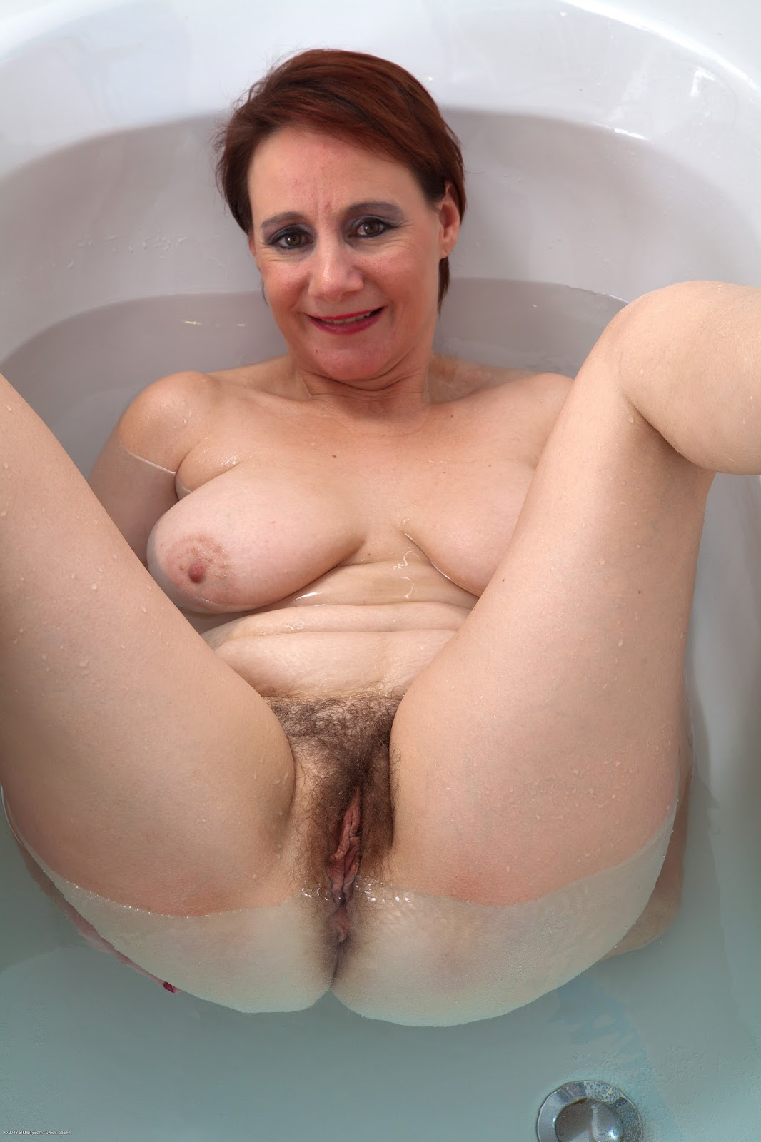 Hairy mature woman