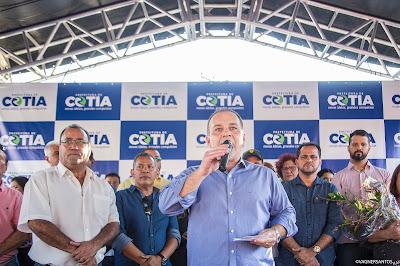 Cotia: Prefeito culpa diretores de escolas por baixo desempenho do município na educação