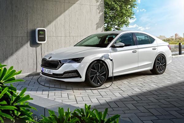 Skoda Octavia  - finalista carro do ano 2021 - Europa