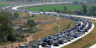 Nih Dia Penyebab Kemacetan Parah di Arus Mudik 2016