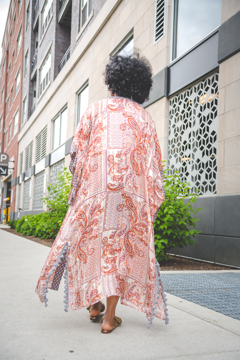 Sweenee Style, summer Outfit Idea, How to wear denim shorts, How to wear a Kimono, Indianapolis fashion blog, How to style natural hair