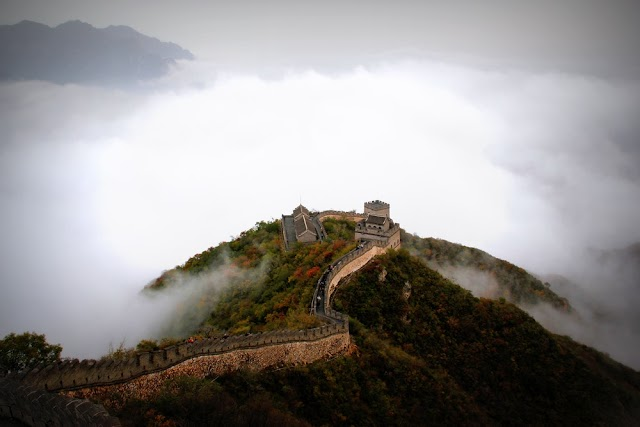 BEIJING'S TOURISM REVENUE DROPPED BY 53% IN 2020 - LOSS OF OVER ¥330B