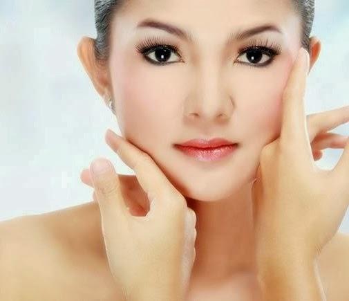Cara Alami Menghilangkan Bekas Jerawat Dan Flek Hitam: Tips Cara Menghilangkan Bintik Dan Flek Hitam