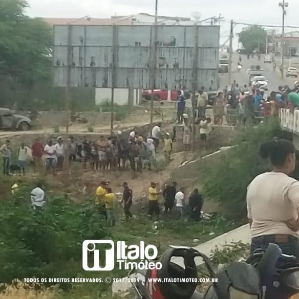 Bebê recém-nascido é encontrado morto debaixo de ponte em Delmiro Gouveia