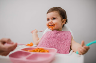 imprescindibles qué llevar a la guardería primer día guarde bebé baberos rizo goma cuello anti calado antimanchas
