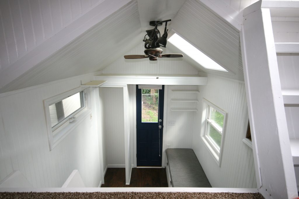 Tiny House Town Tiny Cabin With A Rooftop Patio