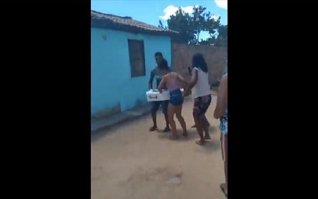Família encerra velório na Bahia após pastor ter 'visão' de que criança estava viva