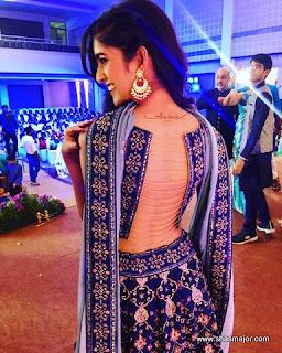 blouse back neck designs catalogue