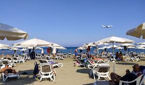 Cyprus opens doors to vaccinated UK tourists