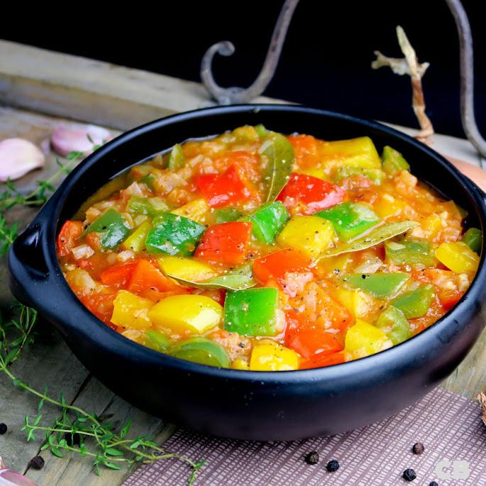 Recept Italiaans paprikastoofpotje: peperonata