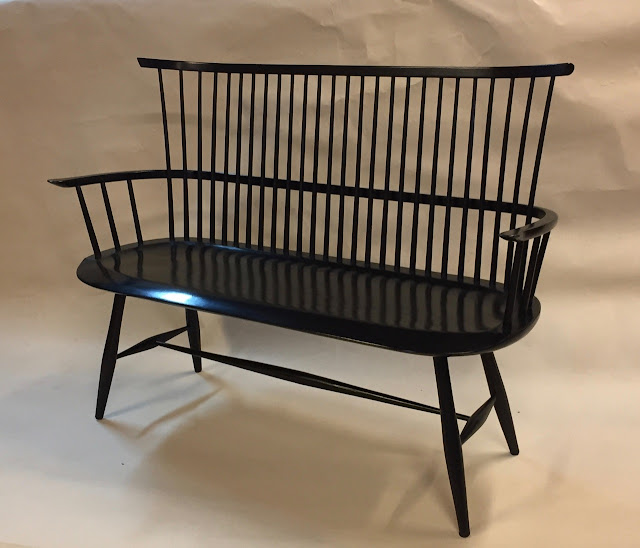 contemporary Windsor bench settee